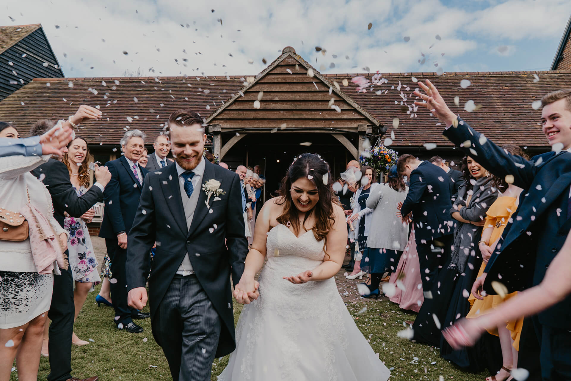Wedding Photography | Bride and Groom | Kent Wedding | Cooling Castle Barn | Confetti